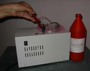 Uređaj za uklanjanje patine
